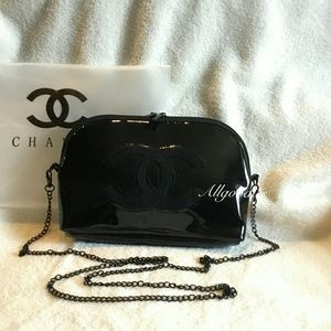 Authentic Chanel Beaute VIP Gift Clutch Chain Bag
